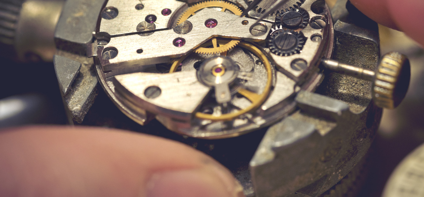 [Header] [About us] [Our difference] Watchmaker